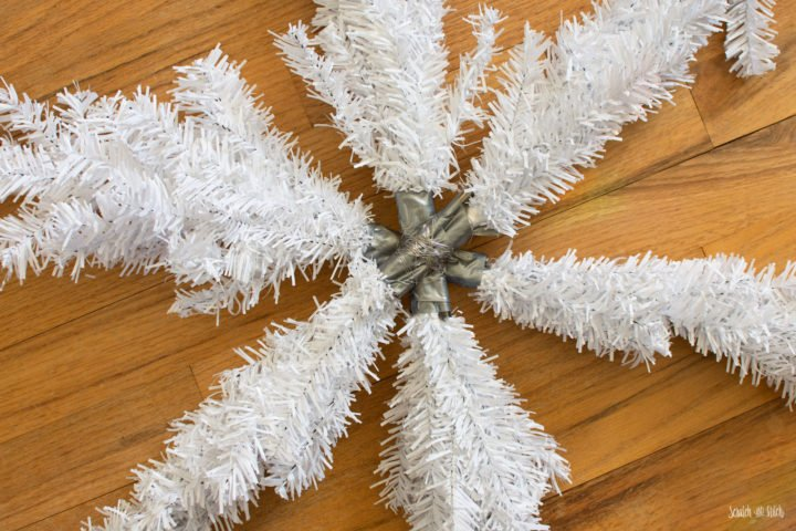 DIY Christmas Decoration: Dollar Store Snowflake Wreath